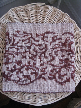 tapestry-cowl-cream-side